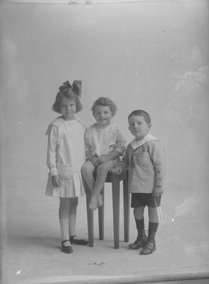 Three children - McKinnon