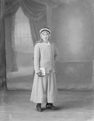 Full length portrait of young woman - McHarrie