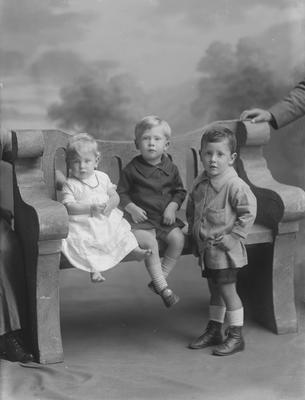 Three children - McBeth