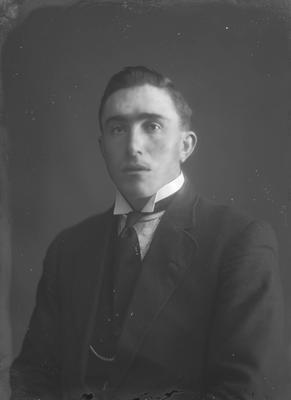 Portrait of man - McKenzie