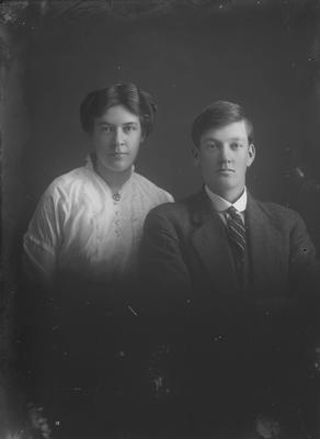 Portrait of man and woman - McGregor
