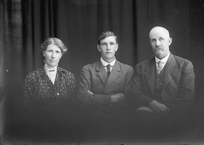 Portrait of woman and two men - McGregor