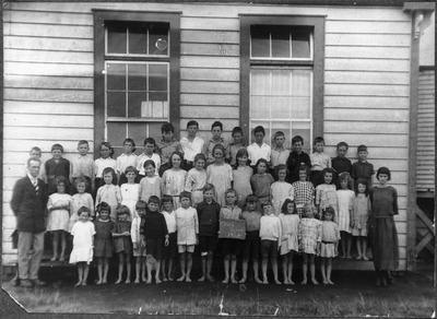 Orini School class of 1924