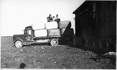 Wool bales on truck