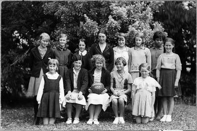 Orini School - Basketball team, 1935