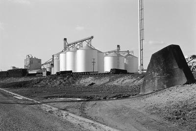 Dalgety bulk grain storage silos