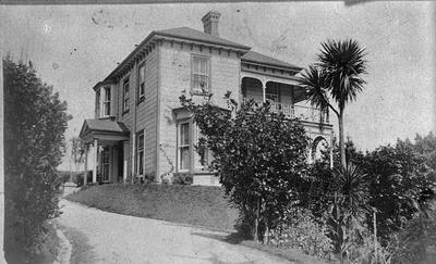'Waratah', Hunter Family Home