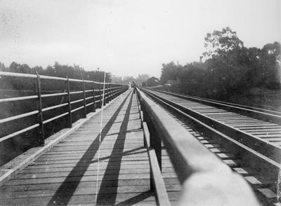Railway Bridge & footbridge