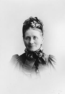 Anne Raynes