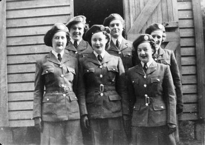 WAAF women in Wellington