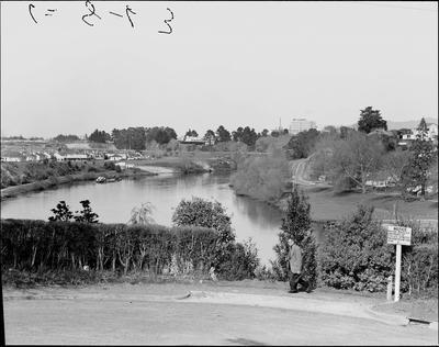 Waikato River - looking towards the Hospital
