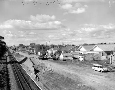 Hamilton suburb - Claudelands - approach to bridge