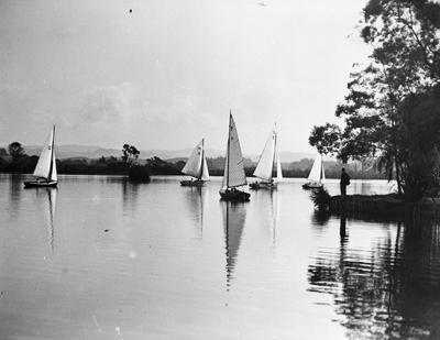 Yachts on Hamilton Lake