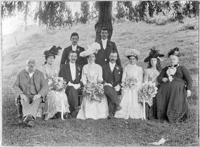 Hill family - wedding photo, Caroline Hill & G Deverall