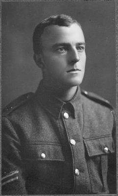 R T Hunter in uniform - World War l