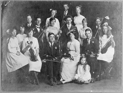 Te Kowhai orchestra