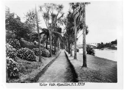 Riverpath, Hamilton East