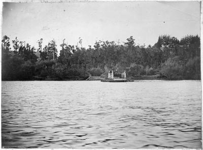 Punt at Tuakau before the bridge