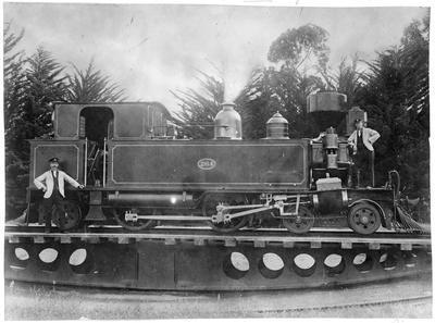 Locomotive 264 - with Geo Munro and Joe Binney