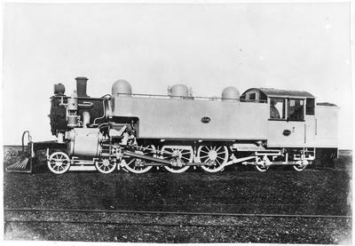Locomotive 686