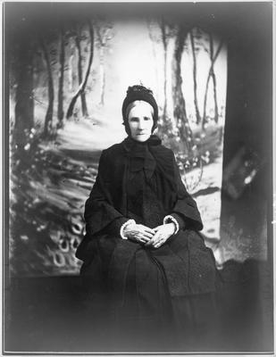 Mrs Reid, Jas Reid's mother