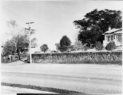 Ellicotts Road, Dinsdale
