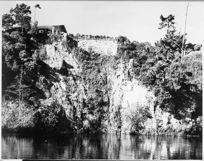 Slip - Anne Street - Waikato River, Westbank, Beerescourt