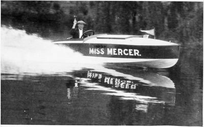 """Miss Mercer"" on the Waikato River"