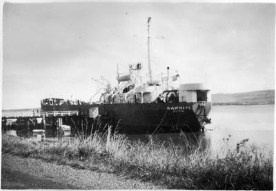 """Rawhiti"" (Suva) at Port Waikato"