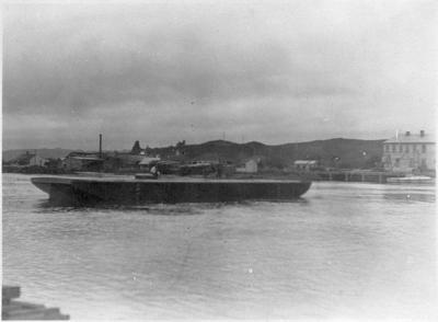 Barge at Mercer