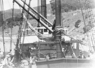 Sailing vessel, Port Waikato