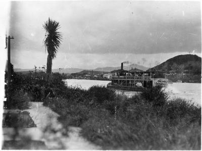 Paddle steamer ? Manuwai near Mercer