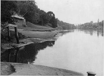 Riverbank, Hamilton