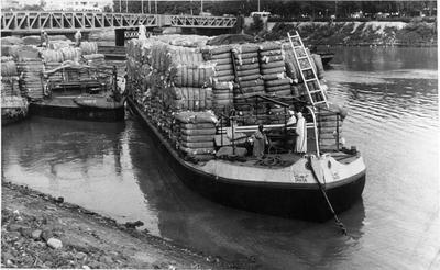 ? Motu Barge Tahta - Paxman Durel Engine - carting wool