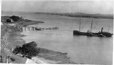 """Wallsend"" (Collier) at Port Waikato"