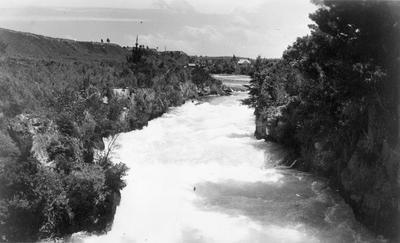 Waikato River from Huka Falls Bridge - NZ 4993