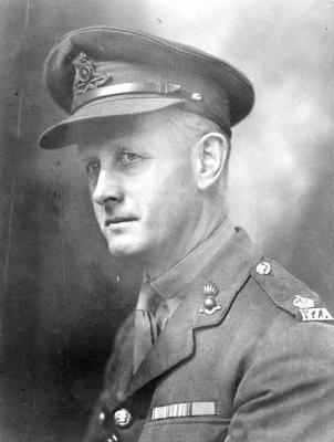 Major C L Walter in uniform