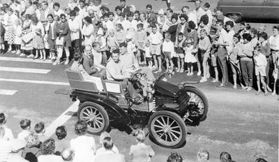 G S Nolan driving a 1901 Wolseley