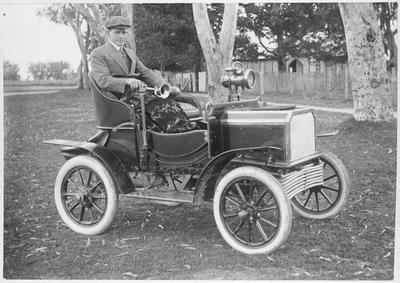 First car in Ngaruawahia - Paul Saulbrey
