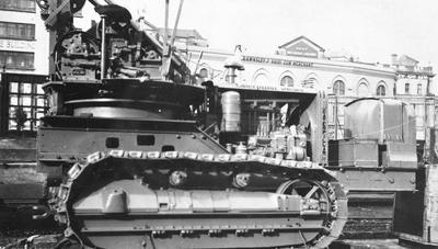 Caterpillar being transported to Huntly