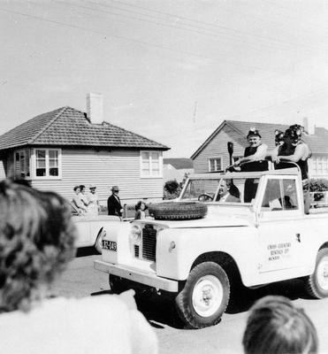 Huntly miners on Jeep