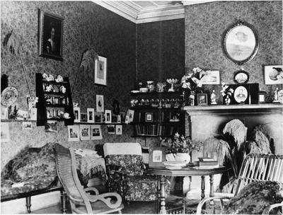 Bankwood, interior - sitting room