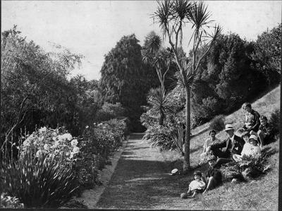 Bankwood Homestead - gardens and family