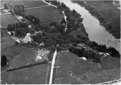 Aerial view of Waikato Diocesan School for Girls featuring Waikato River,