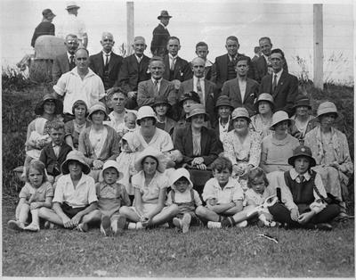 Vowles family and descendants