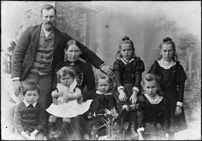Thomas Haynes and family