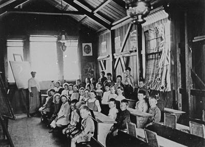 Goodwood School class 1902