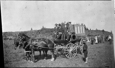 Horse, wagon, group of people at Hamilton East rifle range