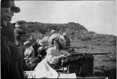 Woman with a rifle at the Hamilton East rifle range (now Hamilton Gardens)