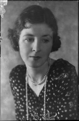 Mabel Innes